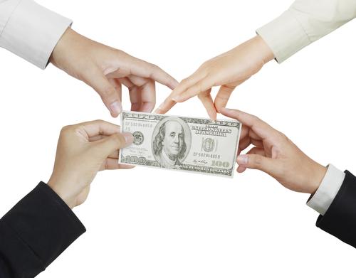 เล่นแชร์ ทางเลือกใหม่ของการลงทุนบนความเสี่ยงสูง - MoneyHub